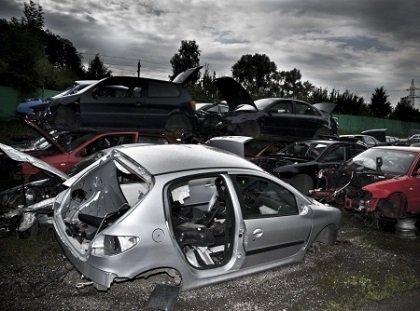 פירוק רכבים